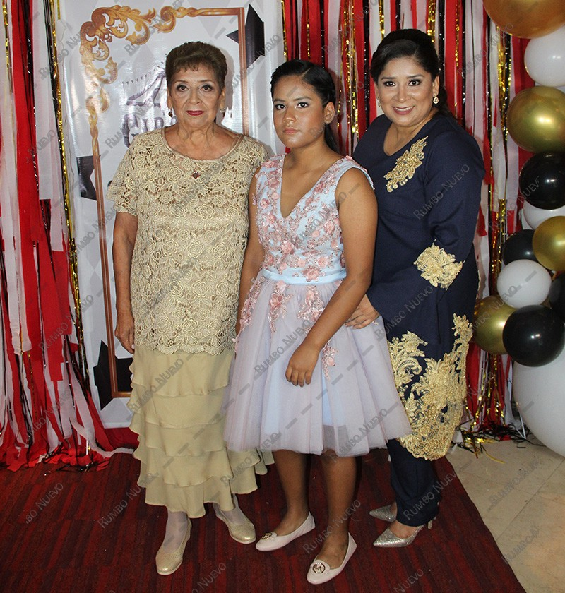 33 Mary Aguilar, Ines Cepeda e Ines Madrigal (2)