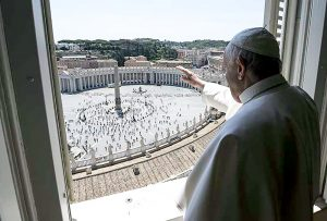 VATICAN-HEALTH-VIRUS-RELIGION-POPE